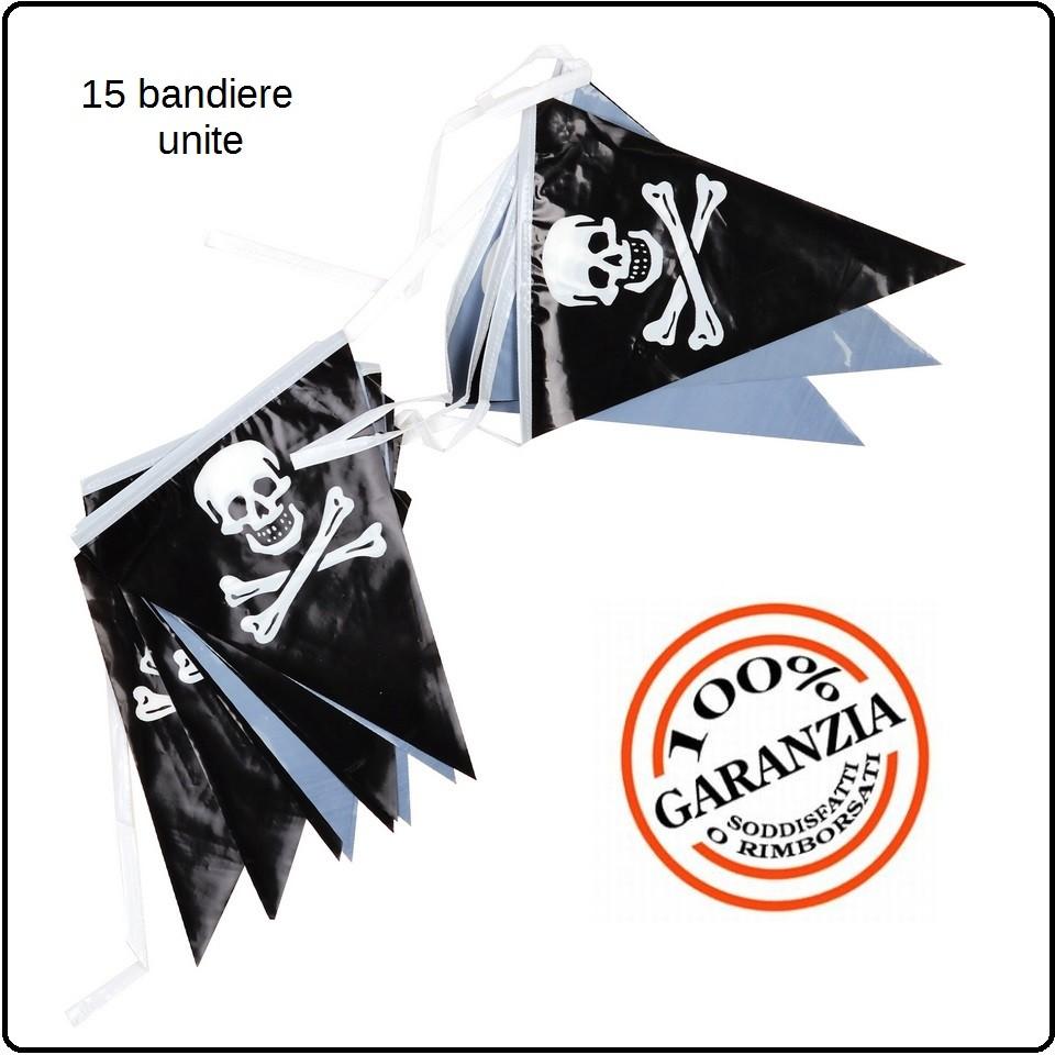 Immagini Di Teschio Pirati fila di bandiere teschio pirata per feste manifestazioni art