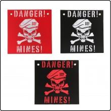 Targa in Plastica con Testo Danger Mines  Pericolo Mine cm 30x30 Art.415142